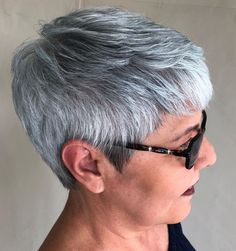 Tomboyish Gray And White Pixie Haircut For Older Women, Older Women Hairstyles, Short Hair Cuts For Women, Gray Hairstyles, Gorgeous Hairstyles, Grey Haircuts, Scene Hairstyles, Short Cuts, Short Haircuts