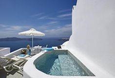 Kasimatis Suites || Kasimatis Suites, built in accordance with the Cycladic style, enjoy a privileged location at the top of Imerovigli with breathtaking views of the Blue Aegean Sea and the volcanic island of Santorini....