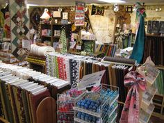 Fabrics and Quilts Everything, Fabrics, Quilts, Store, Tejidos, Quilt Sets, Storage, Quilt, Fabric