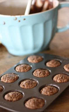 Instead of eating a whole pan of brownies, make these freezer friendly brownie bites ahead of time and freeze. When having a chocolate craving just take out of the freezer and reheat. Ahhmazing!!