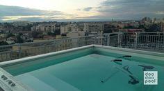 Mini piscine doodoopool avec une vue incroyable sur la ville de Montpellier.