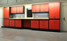 The GL Custom Steel garage cabinet system from Garage Living Detroit can be custom-fit to the available space in your garage. Garage Bar, Garage Shop, Diy Garage, Garage Storage, Garage Workbench, Bike Storage, Garage Organization, Craftsman House Plans, Modern House Plans
