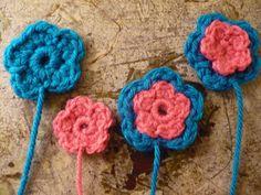 Mini Flower Applique pattern by Rhonda Rowley