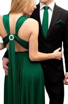 The Hottest Prom Dress Styles Using an Infinity Dress Vestido Convertible, Convertible Wedding Dresses, Bow Tie Wedding, Purple Wedding, Wedding Colors, Wedding Ideas, Dream Wedding, Emerald Green Dresses, Purple Bridesmaid Dresses