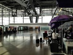 Private Business and First Class Check-In/Immigration, Thai Airways Bangkok