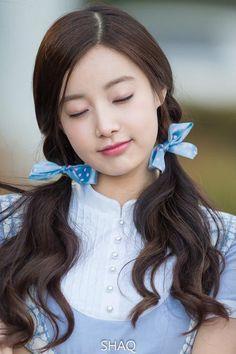 Lee Hyun, August 24, Korean Celebrities, Pop Group, Korean Girl Groups, Sleep, Hairstyles, Kpop, Stuff Stuff