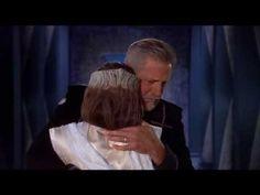 "Babylon 5 Season 5 Episode ""Spleeping in the light"" . John and Delenn 's goodbye . Best Sci Fi Series, Tv Series, Tv Shows Current, Bruce Boxleitner, Sience Fiction, American Space, Final Goodbye, Babylon 5, And So It Begins"