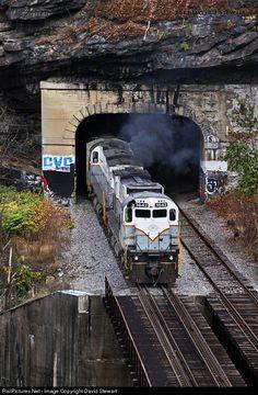 RailPictures.Net Photo: DL 3642 Delaware Lackawanna Alco C636 at Scranton , Pennsylvania by David Stewart