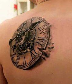 20 Fotos de Tatuagens de Relógio + Significados!