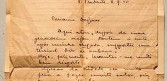 Carta, dinheiro, postal, foto: os objetos achados dentro de livros em sebos