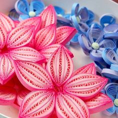 Oh! These amazing colours I fell in love with this #pink #purple #blue ❤ #quilling #flowers #papercraft #hobby #crafting #paperflorals #florals #artist #paperartist #paperstrips #quilled #paperquilling #filigrana #paperfiligree #rękodzieło #polskierękodzieło #papierowecuda #квіллінг #квиллинг
