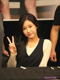 Soyeon - Fan sign event
