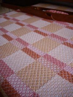 ピンク♪ : スウェーデン織のアトリエから