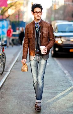 This kid sure knows how to layer. #menswear #fashion #streetstyle  Love the jacket