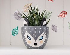 Decorated Flower Pots, Painted Flower Pots, Painted Pots, Modern Planters, Diy Planters, Small Plants, Potted Plants, Ceramic Painting, Diy Painting