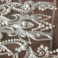 """1,202 Likes, 25 Comments - Школа вышивки Виктории Бойко (@embroideryboiko) on Instagram: """"Обучение вышивке для тех, кто интересуется шитьем. Потрясающий навык для реализации кутюрных…"""""""