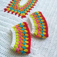 lastnight latenightcrochet crochet yarn dropsdesign alpackayarn crochetpattern by midnightmexicantop boho bohostyle crochettop Crochet Shirt, Crochet Cardigan, Crochet Yarn, Easy Crochet, Yarn Projects, Crochet Projects, Knitting Patterns, Crochet Patterns, Crochet Summer Tops