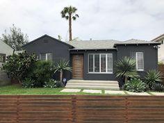 Nice 40 Gorgeous Black House Exterior Design Ideas For Inspiration. # Nice 40 Gorgeous Black House Exterior Design Ideas For Inspiration. Black House Exterior, Exterior Paint Colors For House, Grey Exterior, Paint Colors For Home, Modern Exterior, Exterior Design, Traditional Exterior, Paint Colours, Exterior Colors