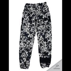 @b.boy Foglia @bottegaprama #bottegaprama #clothing #tshirt #streetwear #hoodies #pants #fashion #style #madeinitaly #logo #sew #lettering #hiphop #breakdance #bboy #bgirl #dance #breaking #print #silkscreen #pocket #writing #shirt #shorts #fresh #tracksuit #hoodies