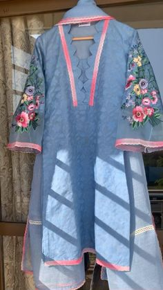 New Kurti Designs, Kurta Designs Women, Kurti Designs Party Wear, Blouse Designs, Stylish Dress Book, Stylish Dresses For Girls, Neck Designs For Suits, Sleeves Designs For Dresses, Beautiful Dress Designs