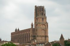 Albi_cathedral_-_outdoor_view.jpg (2800×1874)