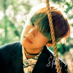 When a young werewolf, Son to the Alpha of a supreme pack presents as an Omega, and is hated by his own father he runs away. He finds a new life somewhere else. Will he choose to stay there? Jimin Run, Hoseok, Seokjin, Taehyung Photoshoot, I Need U, Les Bts, Bts Concept Photo, V Bts Wallpaper, Kim Taehyung