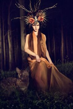 shunyatadesigns:      A preview of our 'Hecate' Series  Photographer: Vlad Savin  Styling/Headdress: Shunyata  MUA & Hair: Alchemy Makeup Artistry  Model: Elena K