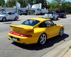 Porsche 993 Carrera 4S More