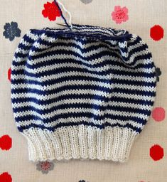 The Purlbee - how to knit a stripe hat...Rochefort Chapeau