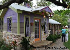 Colorful hen house on Austin's Funky Chicken Coop Tour | Digging
