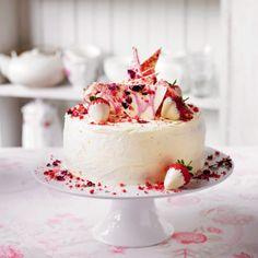 Martha's strawberry, Champagne & rose cake