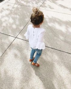 Cute baby girl clothes outfits ideas 25 TRENDS U NEED TO KNOW Baby Girl Fashion baby clothes cute girl Ideas outfits trends Cute Baby Girl Outfits, Toddler Girl Outfits, Cute Baby Clothes, Toddler Fashion, Toddler Girl Style, Child Fashion, Fashion Clothes, Style Fashion, Stylish Kids Clothes