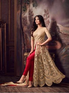 Looking to buy Anarkali online? ✓ Buy the latest designer Anarkali suits at Lashkaraa, with a variety of long Anarkali suits, party wear & Anarkali dresses! Shadi Dresses, Indian Gowns Dresses, Pakistani Dresses, Bridal Anarkali Suits, Anarkali Lehenga, Indian Anarkali, Indian Wedding Outfits, Bridal Outfits, Indian Outfits