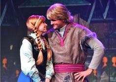 Anna and Kristoff Princess Face, Cute Princess, Princess Anna, Disney Princess, Disney Couples, Disney Love, Disney Parks, Disney Stuff, Kristoff Frozen
