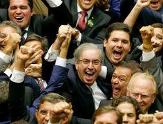 """Aliados de Cunha em foto comemorativa """"somem"""" em votação de cassação"""