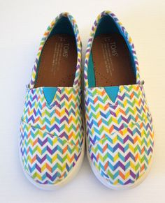 TOMS Girls Youth Multicolor Rainbow Chevron Stripe Slip On Loafer Youth Size 3  #Toms #Loafers #Everydaywearingcasualschool
