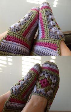 Espadrilles - crochet by maryann maltby Crochet Woman, Love Crochet, Crochet Granny, Beautiful Crochet, Diy Crochet, Crochet Crafts, Crochet Stitches, Crochet Boots, Crochet Clothes