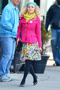 AnnaSophia Robb in NYC, Shooting The Carrie Diaries | Tom & Lorenzo