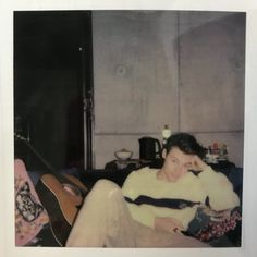 """Uživatel Lana na Twitteru: """"I took photos of the whole of Harry's Polaroid book so here it is, in order:… """""""