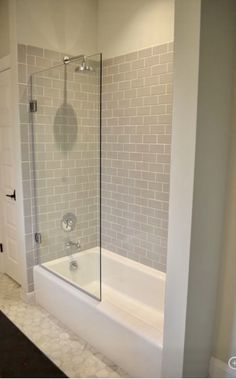 Cool 39 Amazing Small Glass Shower Design Ideas For Relaxing Space Bathtub Shower Combo, Bathroom Tub Shower, Bathtub Tile, Bathroom Ideas, Shower With Tub, Glass Tile Shower, Bathtub Decor, Vanity Bathroom, Budget Bathroom