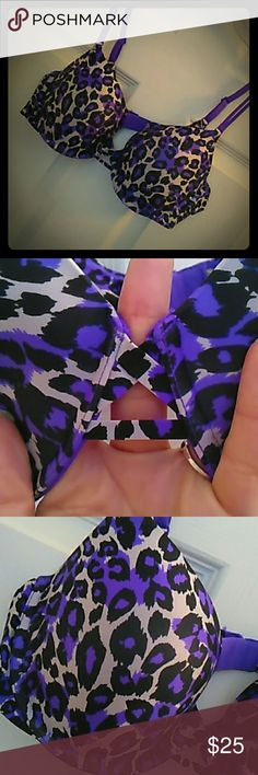 Purple Leopard VS Demi Great light weight everyday bra with lightly padded cups hook and eye closure double strand adjustable straps excellent used condition, no longer available at Victoria's Secret! Victoria's Secret  Intimates & Sleepwear Bras