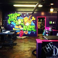 -Repinned- THEDOGSALON.COM. Now this is my kind of grooming salon!
