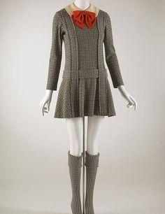 De Rudi Gernreich, uniforme escolar feminino, de 1967