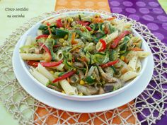 Cinco sentidos na cozinha: Salada de massa com legumes salteados