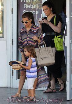 Kourtney & Khloe Kardashian & Mason