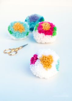 Diy pom poms love from ginger crafts to do, yarn crafts, diy projects to . Pom Pom Crafts, Yarn Crafts, Fabric Crafts, Diy Crafts, Diy Projects To Try, Crafts To Make, Arts And Crafts, Pom Pom Animals, Crafts For Teens