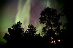 Northern lights put on a show in Minnesota skies (Photo: Brian Peterson / Minneapolis Star via Zuma Press)