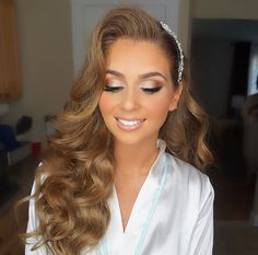 Bridal Hair Trends for Wedding Hairstyle trends. Wedding ideas 2017 - New Site Bridal Hair Trends for Wedding Hairstyle trends. Wedding ideas 2017 - - Bridal Hair Trends for Wedding Hairstyle trends. Wedding ideas 2017 Bridal Hair Trends for 201 Bridal Makeup Looks, Bridal Hair And Makeup, Wedding Hair And Makeup, Hair Makeup, Bridal Makeup For Green Eyes, Bridal Makeup For Blondes, Makeup Eyes, Makeup Kit, Bride Hairstyles