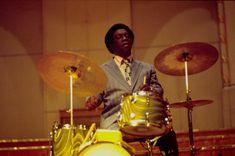 Art Blakey, (1919-1990), batteur et chef d'orchestre, inventeurs du Hard Bop avec son groupe The Jazz Messengers, avec, entre autres le pianiste Horace Silver et le trompettiste Clifford Brown.