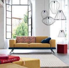 I colori dei #tessuti del #divano Under possono ammaliare, come questo giallo sole abbinato ad una fantasia etno-chic.  Guarda tutta la gallery tessuti di #underdoimosalotti: http://www.under.doimosalotti.it/tessuti.php